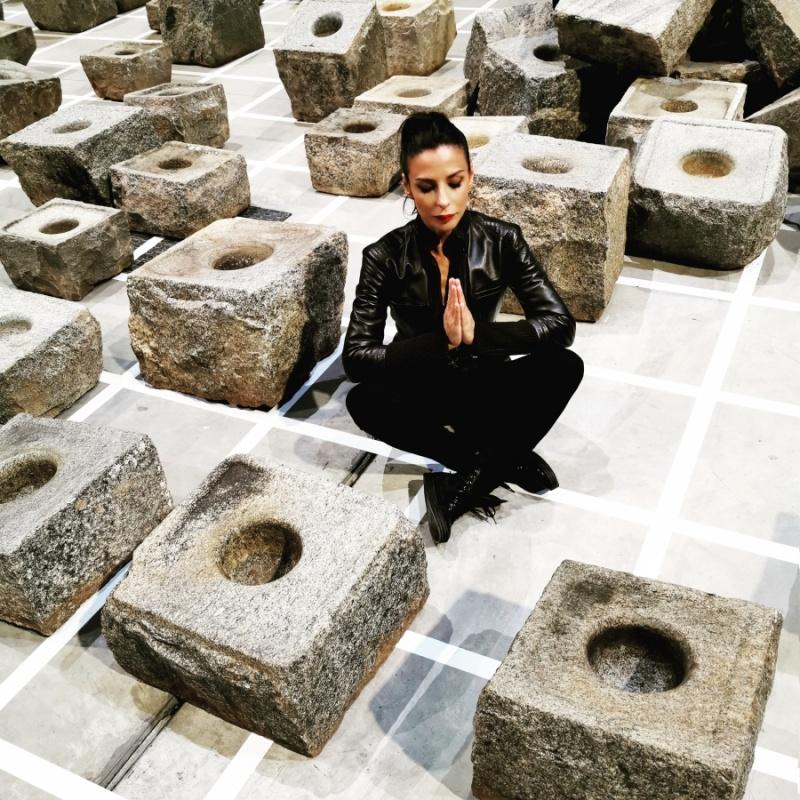 Paestum? (Sheela Gowda - Stopover, 2012)