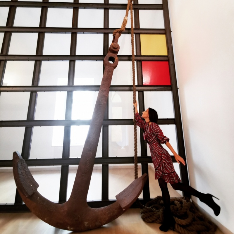 AnchorWoman (Jannis Kounellis - Senza titolo, 2005)